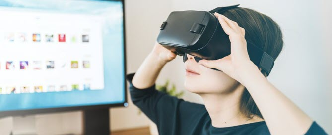 Virtual Reality Therapy for People in Chronic Pain Lynn R. Webster @LynnRWebsterMD